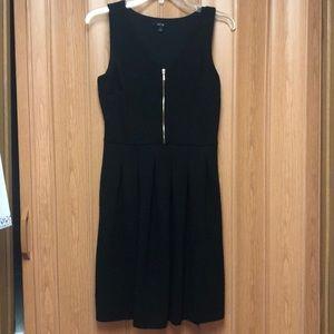 Apt 9 black dress with pockets
